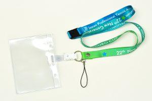 公益社団法人日本プロテニス協会のカードケース付きネックストラップ